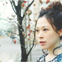 メッシーバン ミディアム デート ヘアアレンジ ヘアスタイルや髪型の写真・画像