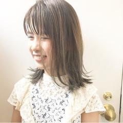 夏 色気 アッシュ ナチュラル ヘアスタイルや髪型の写真・画像