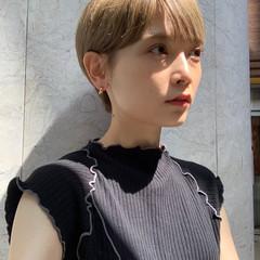 ショート ショートヘア 外国人風カラー フェミニン ヘアスタイルや髪型の写真・画像