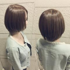 艶髪 ボブ ナチュラル ベージュ ヘアスタイルや髪型の写真・画像