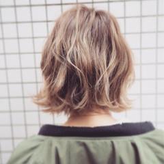 ボブ 色気 ハイライト パーマ ヘアスタイルや髪型の写真・画像