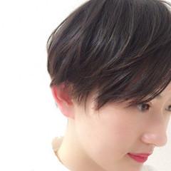 小顔 レイヤーカット 似合わせ スポーツ ヘアスタイルや髪型の写真・画像