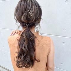 セミロング ヘアアレンジ グレージュ アディクシーカラー ヘアスタイルや髪型の写真・画像