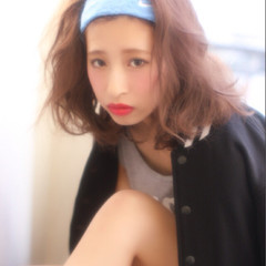 外国人風 ウェーブ ロブ ラフ ヘアスタイルや髪型の写真・画像