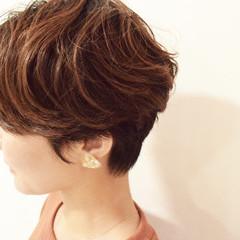 フェミニン ショート ハンサムショート ショートパーマ ヘアスタイルや髪型の写真・画像