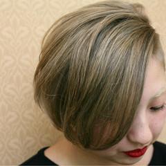 ハイトーン モード ショート 坊主 ヘアスタイルや髪型の写真・画像