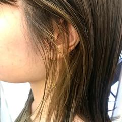 外国人風カラー インナーカラー アッシュベージュ ハイライト ヘアスタイルや髪型の写真・画像