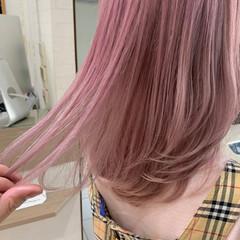 グレージュ インナーカラー ミディアム 大人かわいい ヘアスタイルや髪型の写真・画像
