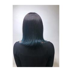 ブルーグラデーション グラデーションカラー 裾カラー ブルーアッシュ ヘアスタイルや髪型の写真・画像