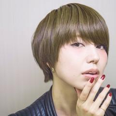 アッシュ ショート グラデーションカラー ハイライト ヘアスタイルや髪型の写真・画像