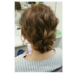 ミディアム シニヨン ヘアアレンジ フェミニン ヘアスタイルや髪型の写真・画像