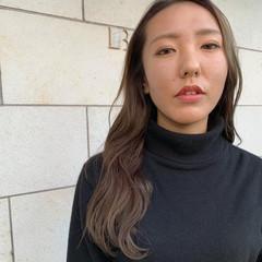 外国人風カラー ロング 外国人 かき上げ前髪 ヘアスタイルや髪型の写真・画像