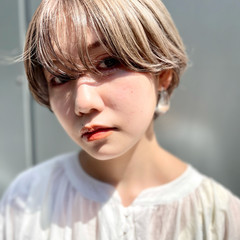 ダブルカラー ナチュラル ショート ベリーショート ヘアスタイルや髪型の写真・画像
