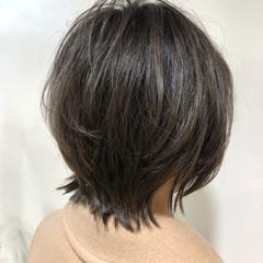 フェミニン レイヤー ショートヘア ショート ヘアスタイルや髪型の写真・画像