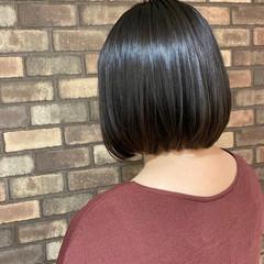 ナチュラル ブルーアッシュ 艶髪 ボブ ヘアスタイルや髪型の写真・画像