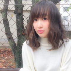 パーマ ミディアム アッシュ 外国人風 ヘアスタイルや髪型の写真・画像