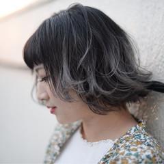 暗髪 ハイライト ボブ ストリート ヘアスタイルや髪型の写真・画像