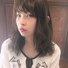 ピュア 外国人風 セミロング アッシュ ヘアスタイルや髪型の写真・画像