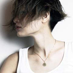 刈り上げ モード 坊主 ジェンダーレス ヘアスタイルや髪型の写真・画像