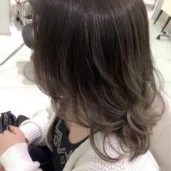 セミロング グラデーションカラー 外国人風 イルミナカラー ヘアスタイルや髪型の写真・画像