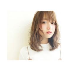 外国人風 ミディアム 大人かわいい グレー ヘアスタイルや髪型の写真・画像
