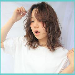 ウェットヘア ガーリー 抜け感 大人かわいい ヘアスタイルや髪型の写真・画像