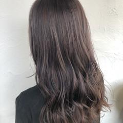 ロング ハイライト ラベージュ ブリーチカラー ヘアスタイルや髪型の写真・画像