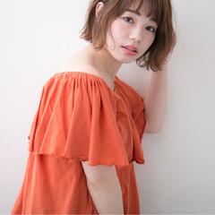 フェミニン ボブ 波ウェーブ デート ヘアスタイルや髪型の写真・画像
