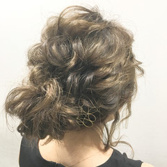 セミロング 外国人風 簡単ヘアアレンジ フェミニン ヘアスタイルや髪型の写真・画像