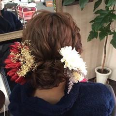 ふわふわヘアアレンジ ヘアアレンジ 成人式ヘア ナチュラル ヘアスタイルや髪型の写真・画像