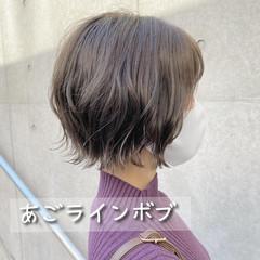 パーマ ミニボブ  切りっぱなしボブ ヘアスタイルや髪型の写真・画像