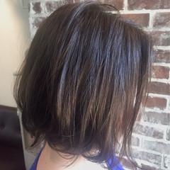 ボブ 色気 グレージュ コンサバ ヘアスタイルや髪型の写真・画像