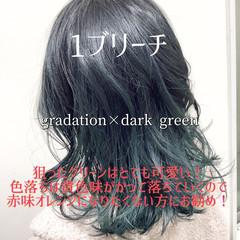 グラデーションカラー ヘアカラー オリーブアッシュ セミロング ヘアスタイルや髪型の写真・画像