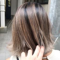 オフィス ボブ ヘアアレンジ エフォートレス ヘアスタイルや髪型の写真・画像