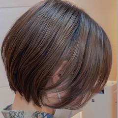 切りっぱなしボブ ナチュラル ショートボブ ウルフカット ヘアスタイルや髪型の写真・画像