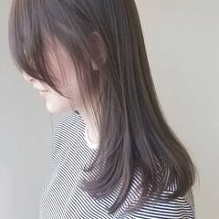 セミロング 大人女子 ミルクティーグレー ナチュラル ヘアスタイルや髪型の写真・画像
