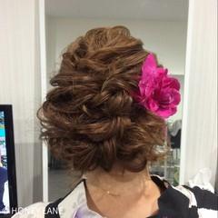 ヘアアレンジ セミロング 結婚式 フェミニン ヘアスタイルや髪型の写真・画像
