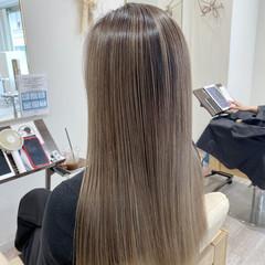艶髪 ハイトーンカラー エレガント ロング ヘアスタイルや髪型の写真・画像