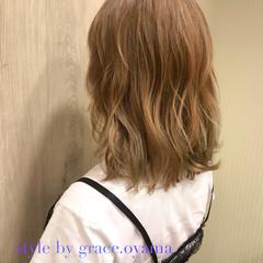 グレージュ 外国人風カラー ミディアム ブラウン ヘアスタイルや髪型の写真・画像