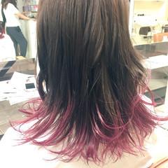 ピンク ブラントカット グラデーションカラー ロング ヘアスタイルや髪型の写真・画像