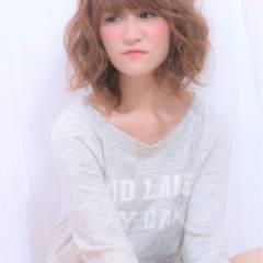 フェミニン ミディアム ガーリー モテ髪 ヘアスタイルや髪型の写真・画像