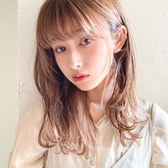 セミロング ナチュラル 大人かわいい ゆるふわパーマ ヘアスタイルや髪型の写真・画像