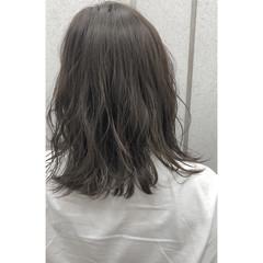 前髪あり ミディアム おフェロ 透明感 ヘアスタイルや髪型の写真・画像