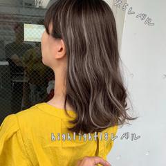 コントラストハイライト ナチュラル オフィス 簡単ヘアアレンジ ヘアスタイルや髪型の写真・画像