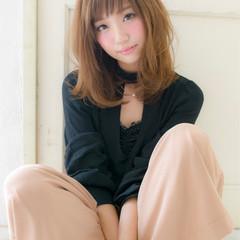 ミディアム ナチュラル 簡単ヘアアレンジ デート ヘアスタイルや髪型の写真・画像