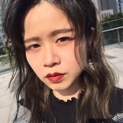 パーマ ミディアム 外国人風 黒髪 ヘアスタイルや髪型の写真・画像