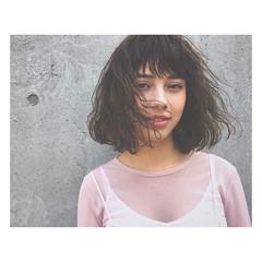 前髪あり ベージュ アッシュ パーマ ヘアスタイルや髪型の写真・画像