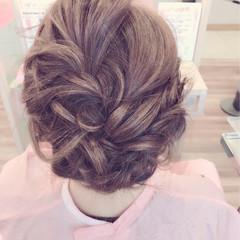 編み込み ミディアム 結婚式 アップスタイル ヘアスタイルや髪型の写真・画像