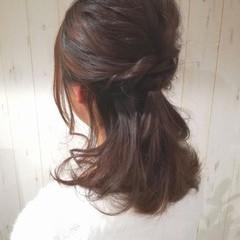 二次会 セミロング 結婚式 ラフ ヘアスタイルや髪型の写真・画像
