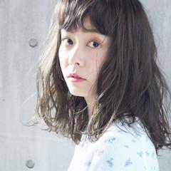 大人かわいい アンニュイほつれヘア ミディアム 外国人風 ヘアスタイルや髪型の写真・画像